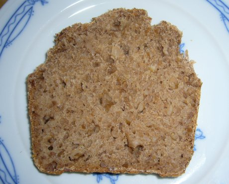 Dinkelvollkornbrot mit ganzen Krnern