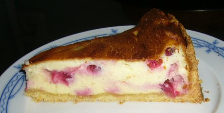 Ksetorte mit Johannisbeeren