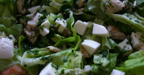 Kopfsalat mit Kräutervinaigrette