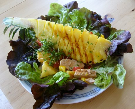 Kreolischer Hhnchensalat mit Ananas