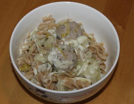 Pasta mit Chicorée-Brät-Sauce