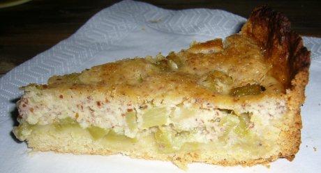 Rhabarberkuchen mit Mandelguss
