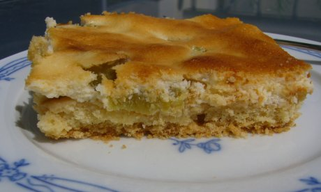 Rhabarberkuchen mit Quarkguss