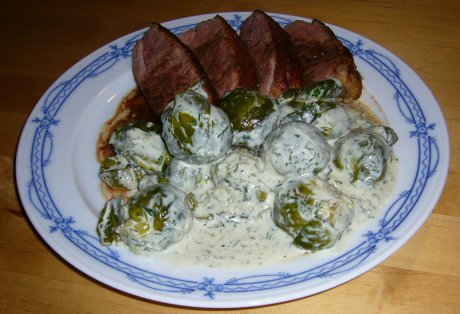 Rosenkohl mit Gorgonzola-Krutersauce