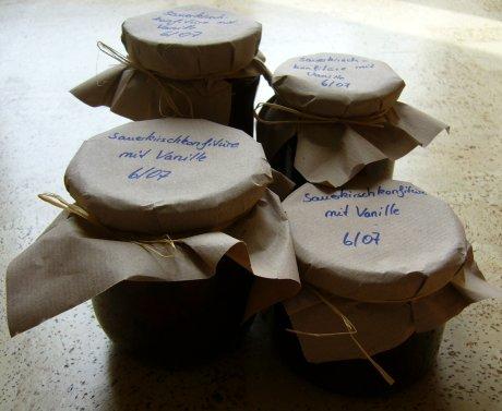 Sauerkirschkonfitüre mit Vanille