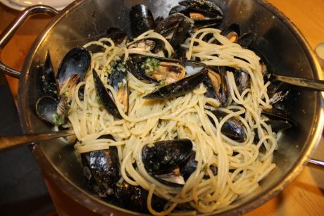 Schnelle Muscheln mit Spaghetti