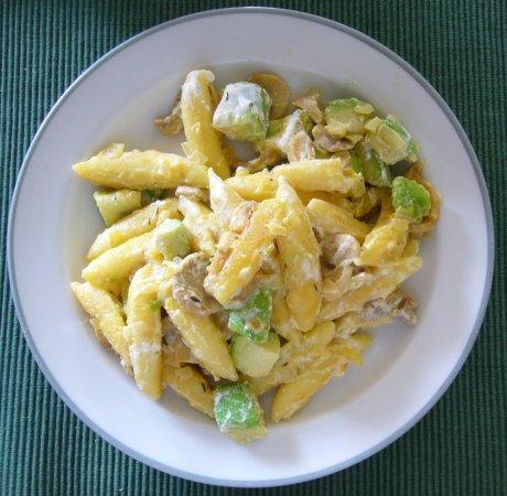 Schupfnudelpfanne mit Avocado