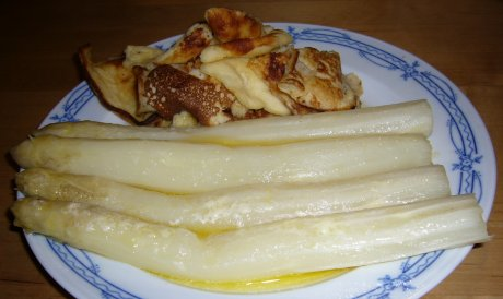 Spargel aus dem Ofen mit Kratzete