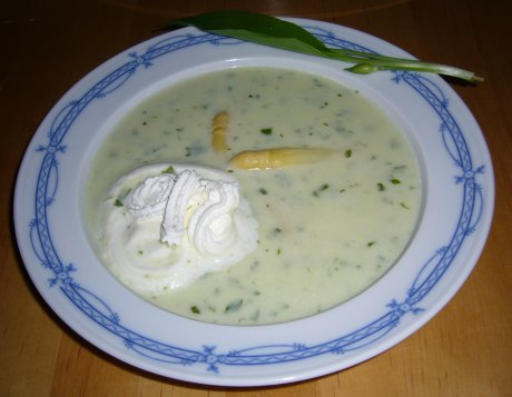 Spargel-B�rlauch-Suppe